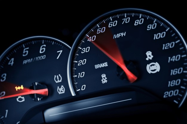 sporty-speedometer_1426-1264